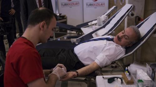 TBMMden Kızılayın kan bağışı kampanyasına destek