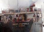 Maltepe Sahilinde gemi yangını