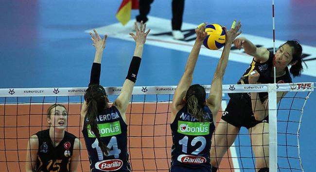 Kadınlar Kupa Voleyin şampiyonu Fenerbahçe