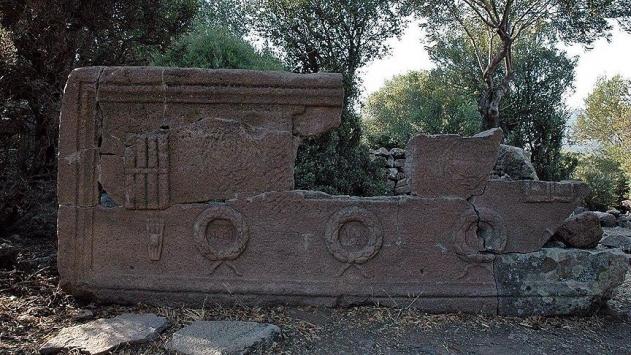 Manisada 2 bin 200 yıllık lahit bulundu