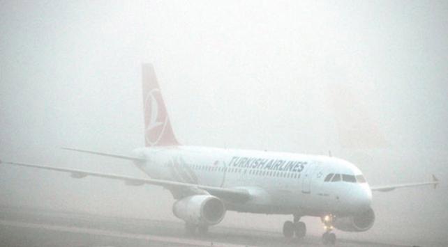Trabzonda hava ulaşımına sis engeli