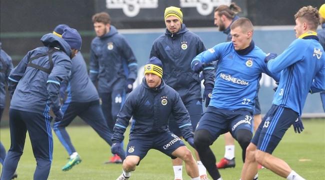 Fenerbahçe, Medipol Başakşehir maçı hazırlıklarını tamamladı