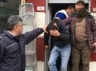 Adana'da saldırı hazırlığı yapan kişiler çatıda yakalandı