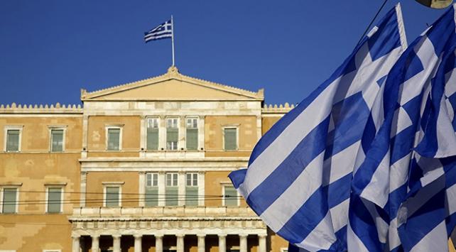 Yunan meclisinden iflas senaryosu