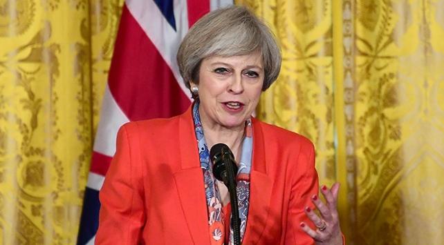 İngiltere Parlamentosundan Maye destek kararı