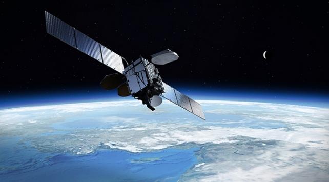 Çin yeni uydusunu fırlattı