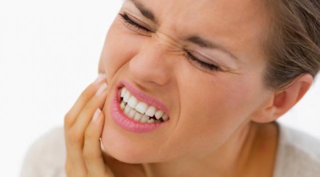 Diş sıkma hastalığı nedir? Nasıl tedavi edilir?