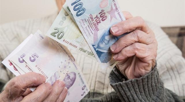 İkramiye uygulamasından 12,3 milyon emekli yararlanacak