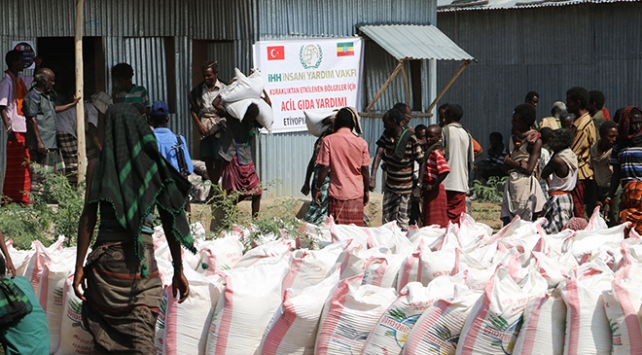 İHH Afrikada 850 bin kişiye ulaştı