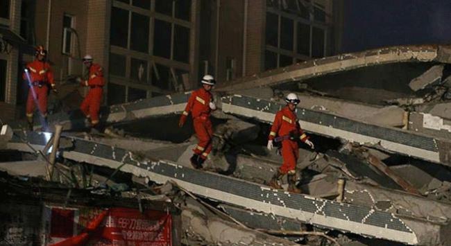 Çinde 5 katlı bina çöktü: 7 ölü
