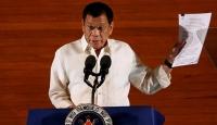 Filipinler Devlet Başkanı tartışmalı yasa tasarısını imzaladı