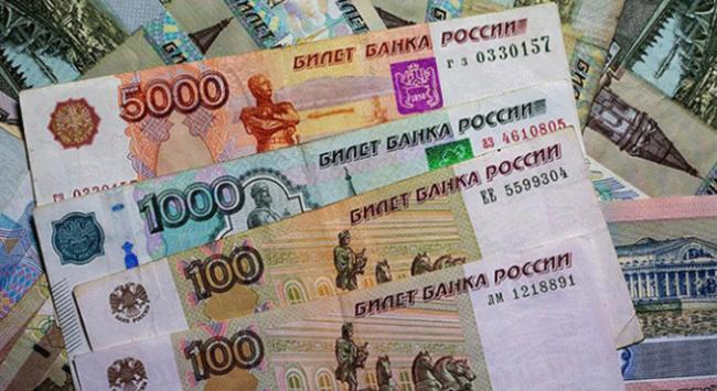 Rus rublesi değer kazanmaya devam ediyor