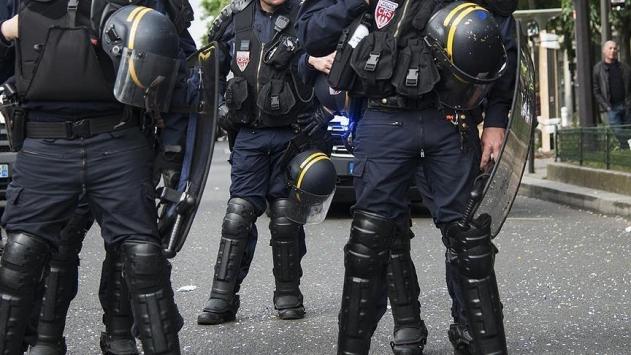 Fransadaki polisler etnik ayrımcılık yapıyor