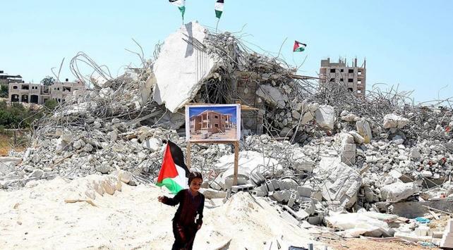 İsrail Filistinde 3 ev daha yıktı