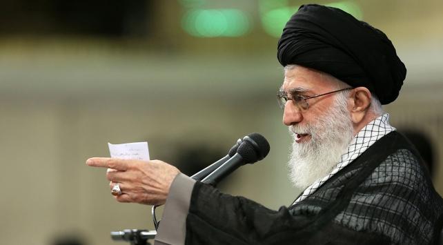 İran lideri Hamaneyden milli barış tepkisi