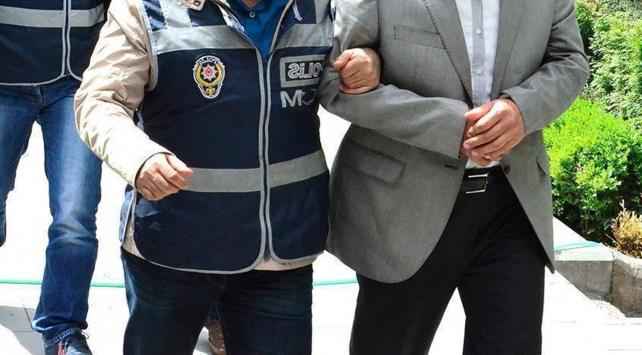 Akdeniz Üniversitesinde 2 akademisyen FETÖden tutuklandı