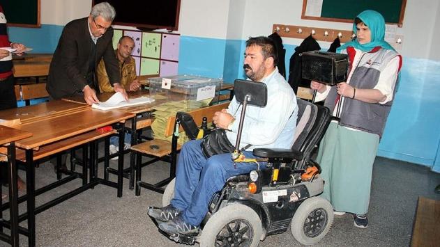 Engelliler oylarını rahatça kullanmak istiyor
