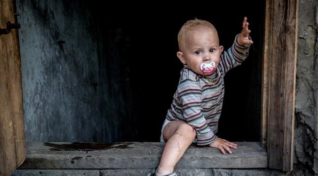 Ukraynada 1 milyon çocuk insani yardıma muhtaç
