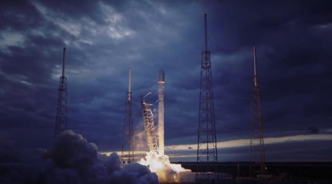 Falcon 9 roketi NASAnın tarihi rampasından fırlatıldı