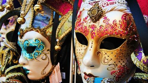 Venedik Karnavalında Türk uçuşu