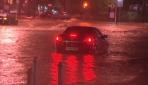 Fırtına ve kuvvetli yağış İspanyada hayatı felç etti