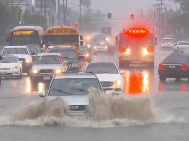 ABD kuvvetli yağışın etkisinde kaldı