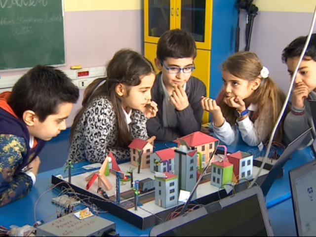 Küçük mucitlere teknoloji eğitimleri