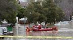 Californiada evlerini su basan yaklaşık 200 kişi kurtarıldı