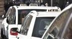 Taksicilerin protestosu Romayı felç etti