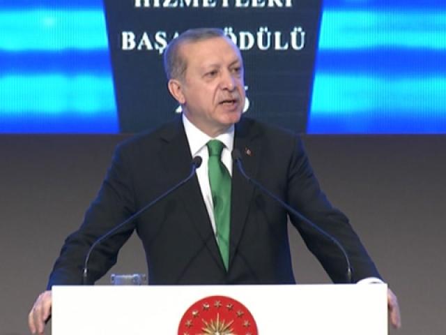 Türkiyeyi ekonomiyle vurmaya çalışıyorlar