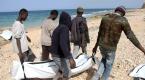 Libyada yeni göçmen cesetleri kıyıya vurdu