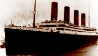 Titanik'in Battığı Yerde Tören