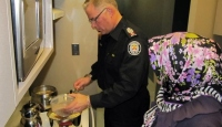 Toronto Polisi Aşure Pişirdi