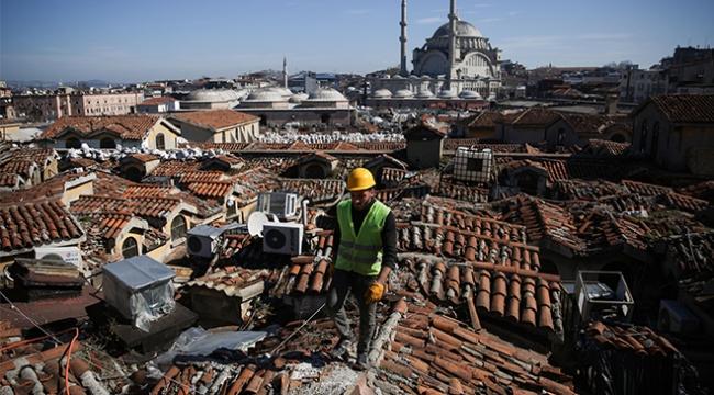 Kapalıçarşı çatısında restorasyon çalışmaları başladı