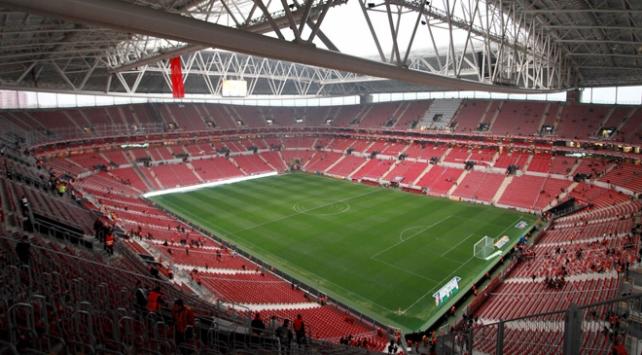 TT Arenada 859 milyon liralık derbi