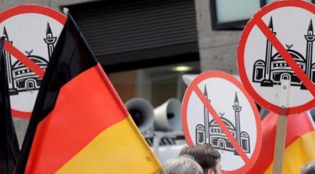 Almanyada Müslüman karşıtlığı medyalara da sıçradı