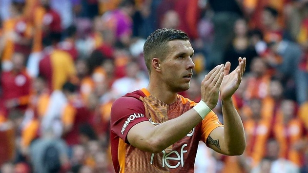 Galatasarayda Podolski Japonya yolcusu