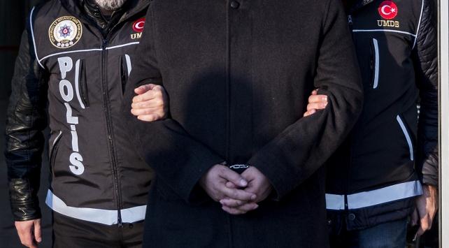 Adanada uyuşturucu tacirlerine operasyon