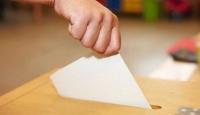 İngiltere'deki seçim kampanyalarında kadınlar seslerini duyuramıyor