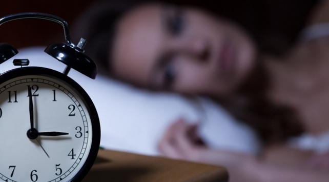 Uykusuz kalmak sinir yapar