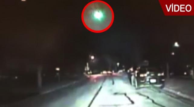 Meteorun düşme anı kameraya yansıdı