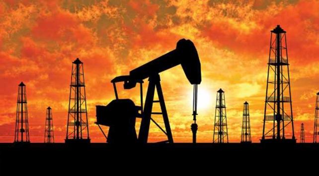 Brent petrolün varil fiyatı 51 doların üzerinde seyrediyor