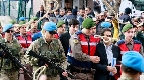 Halisdemir davası öncesi sanıklar protesto edildi