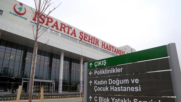 Isparta Şehir Hastanesi hasta kabulüne başladı