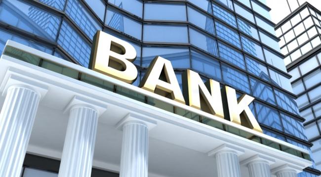 İngilterede 2 dev banka yüzlerce şubesini kapatıyor