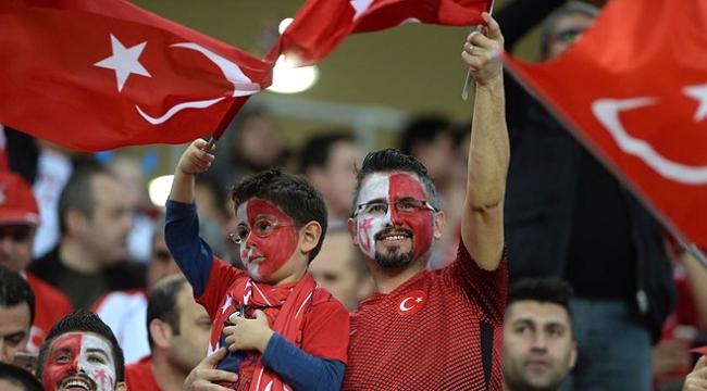 TFFden  Antalyalı sporseverlere teşekkür
