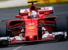 F1'in efsanesi Ferrari, 2017'ye zirvede başladı
