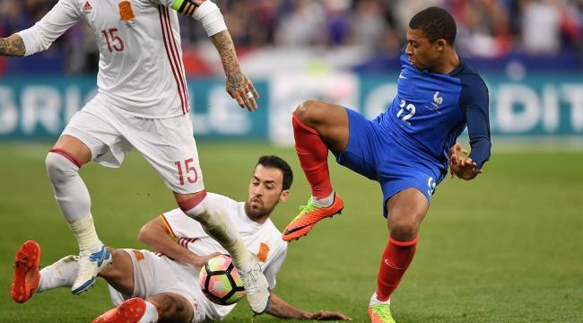 Fransa-İspanya maçında video hakem uygulaması test edildi