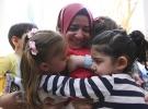 Bakan Kaya Anne Çocuk Eğitim Merkezini ziyaret etti