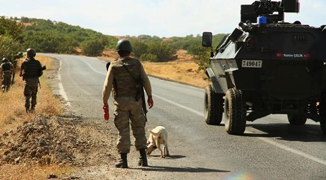 Teröristlerin tuzakladığı patlayıcı imha edildi